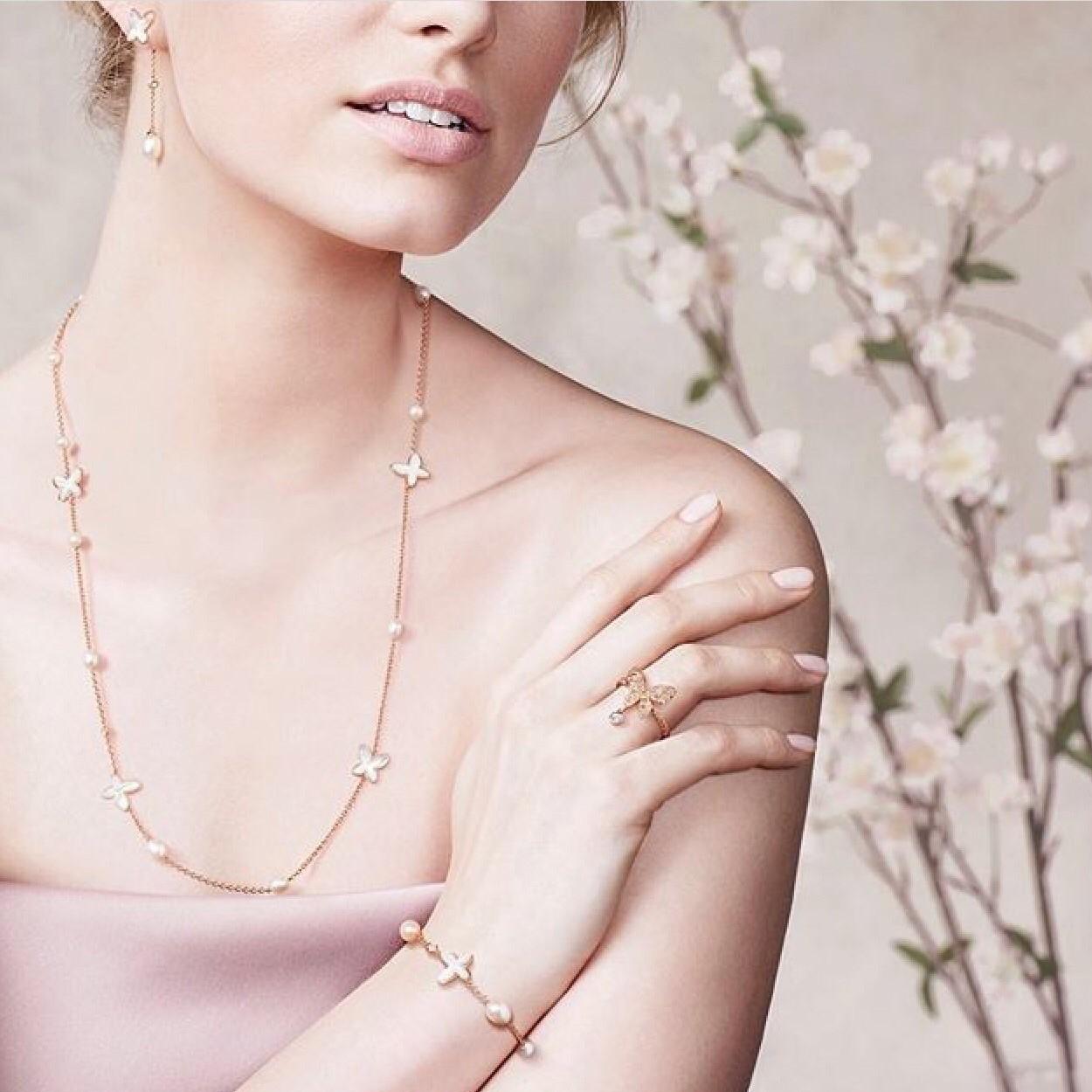MIMI orecchini, collana, bracciale, anello